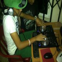 Daddy Yankee - Tu Caldo Remix ((Dj Joffre MixXx)).mp3